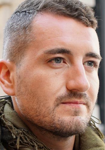 Argesh, volontaire étranger au sein des forces kurdes YPG